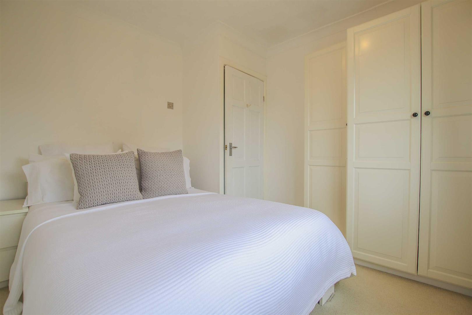 4 Bedroom Semi Detached Cottage For Sale - Image 8